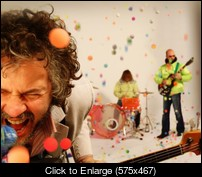 flaminglips-575x467.jpg
